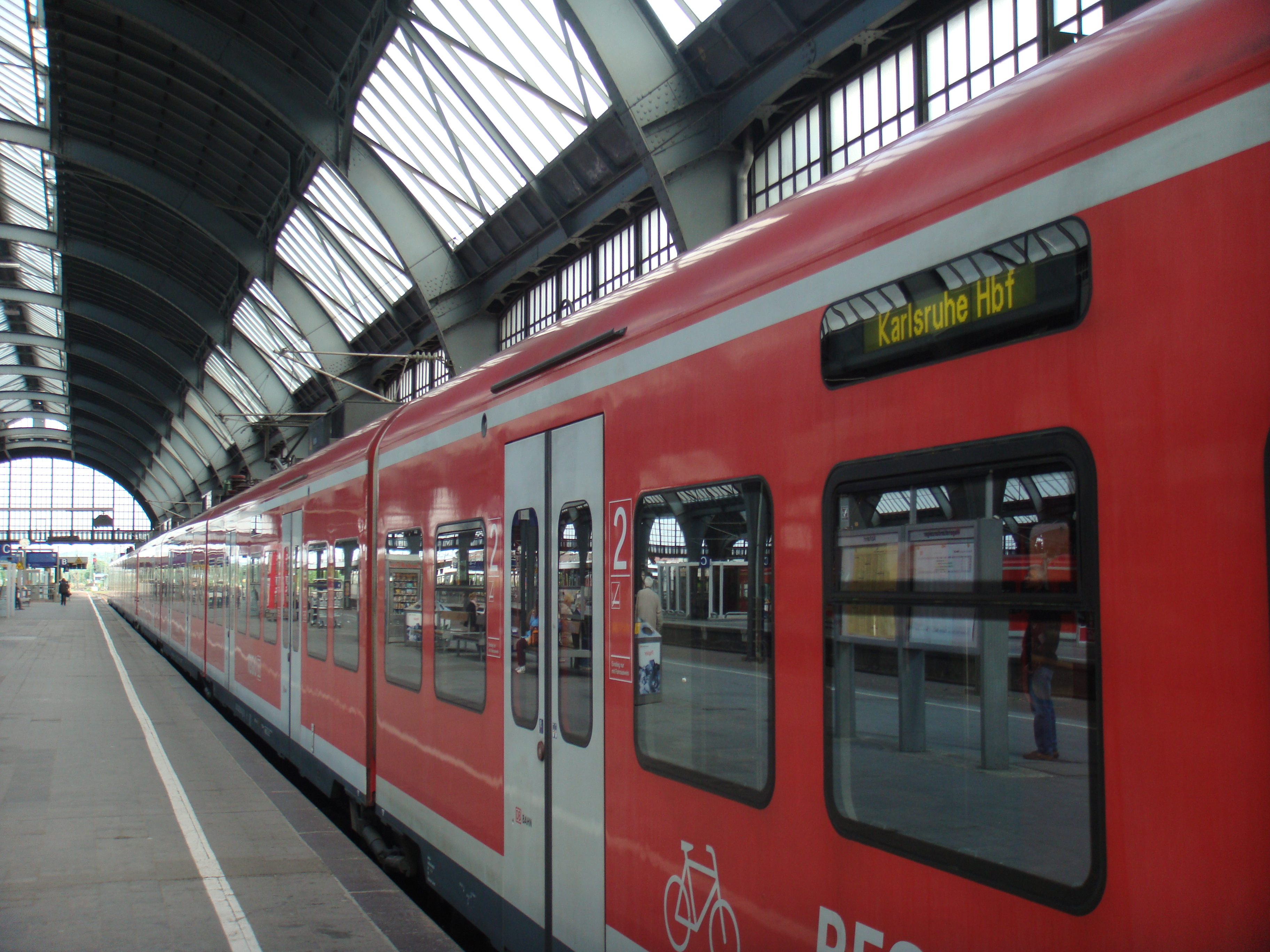 RE nach Karlsruhe